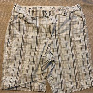 Lee size 14 shorts